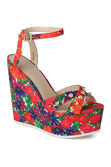 CARVELA Gardinia canvas wedge sandals