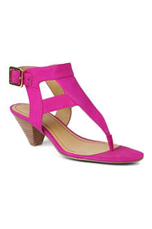 NINE WEST Crashcourse leather thong sandals