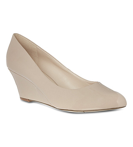 NINE WEST Mela3 court shoes (Nude