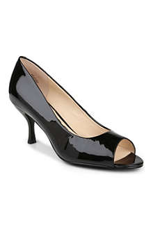 NINE WEST Quinty patent leather courts