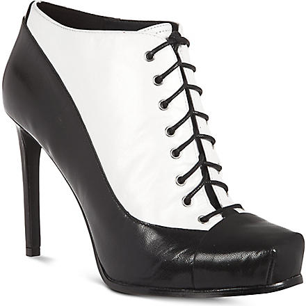 NINE WEST Oliviana laced leather ankle boots (Blk/white