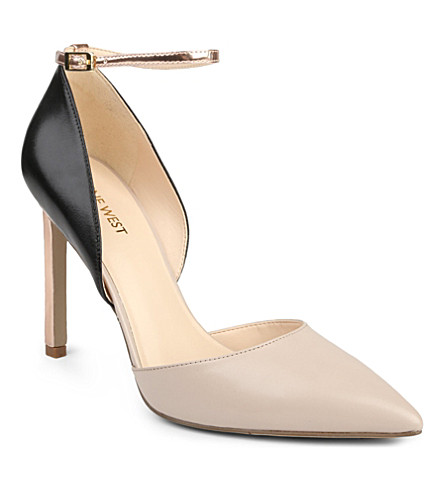 NINE WEST Timeforsho pointed-toe court shoes (Blk/beige