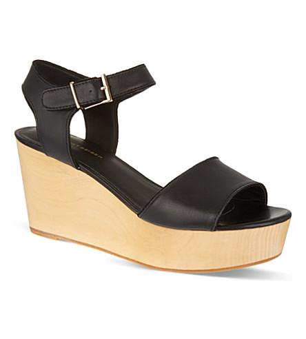 KG KURT GEIGER Nia wooden heel sandals (Black