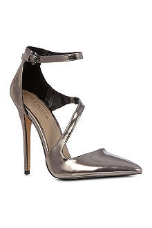 CARVELA Attack metallic courts
