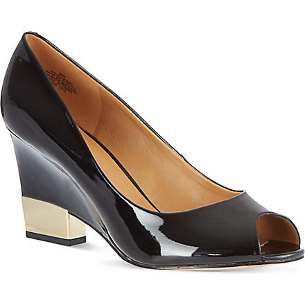 NINE WEST Jillianne patent wedge courts (Black