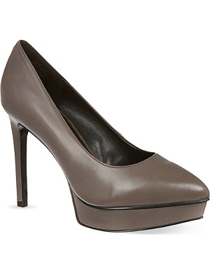 NINE WEST Bigbucks platform courts