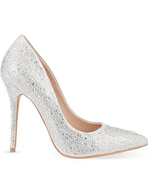 CARVELA Gemini embellished courts