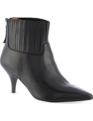 NINE WEST Elliemae kitten heeled chelsea boots