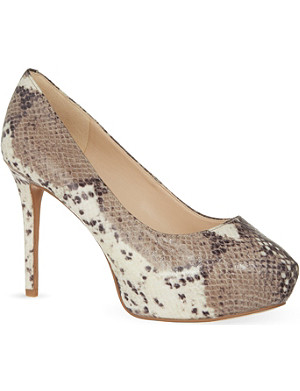 NINE WEST Juliette 3 snake platform heels