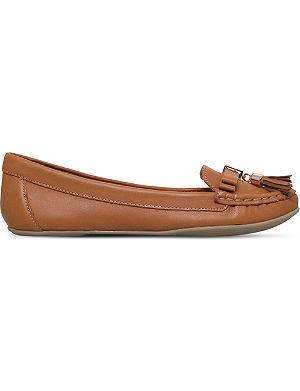 CARVELA Leaf leather loafers
