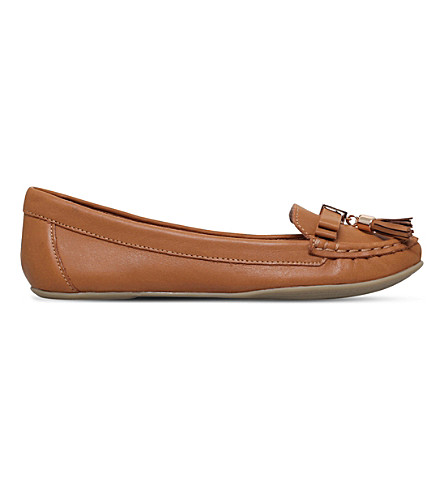 CARVELA Leaf leather loafers (Tan