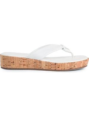 CARVELA Kredible flip flops