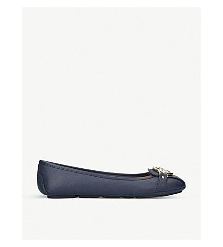 MICHAEL MICHAEL KORS Fulton 皮革芭蕾舞平底鞋 (海军