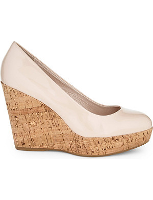 CARVELA Attend wedge court shoes