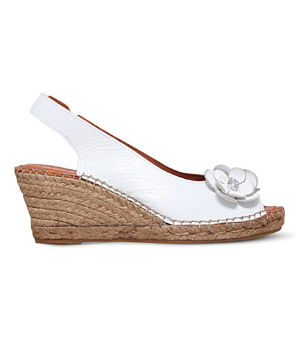 CARVELA COMFORT Poppy embellished leather wedge sandals (White