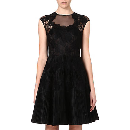 TED BAKER Quetiaa lace dress (Black