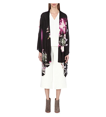 TED BAKER Yanati Etheral Posie-print knitted wrap (Black