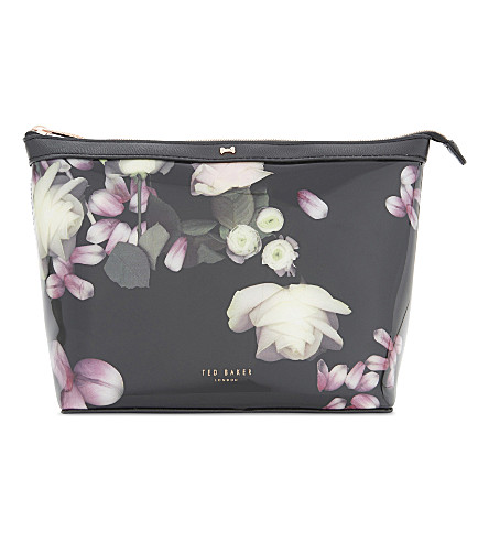 TED BAKER Kensington floral large washbag (Black
