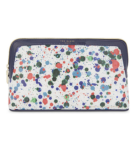 TED BAKER Colour By Numbers Toesi large washbag (Ivory
