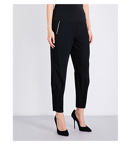 TED BAKER Cropped crepe skinny jogging bottoms (Black