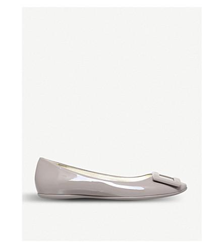 ROGER VIVIER Gommette slip-on patent-leather ballet flats (Taupe