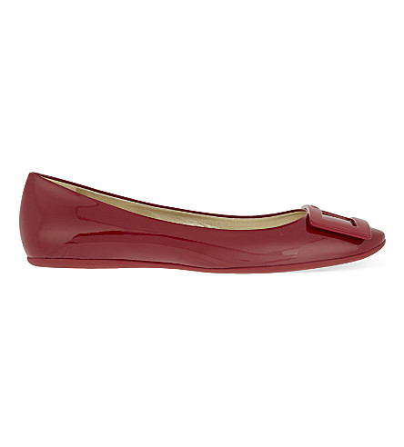 ROGER VIVIER Gommette patent leather ballerina flats (Red