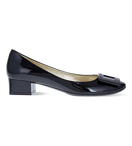 ROGER VIVIER Belle de Nuit patent-leather courts (Black