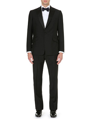 REISS Mayfair peak lapel dinner suit