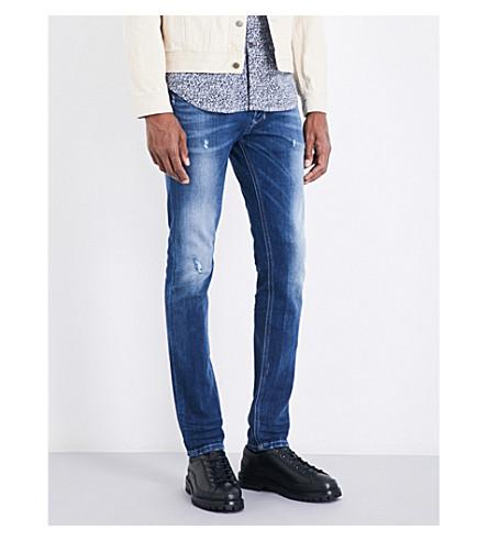 DIESEL Tepphar 修身版型紧身牛仔裤(水洗浅蓝色)