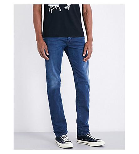 DIESEL 克星修身版型锥形牛仔裤 (暗 + 洗 + 蓝