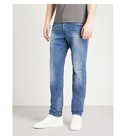DIESEL Larkee-Beex 修身版型锥形牛仔裤 (牛仔布