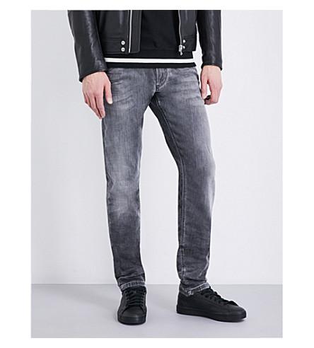 DIESEL Krooley 修身版型锥形 jogg 牛仔裤 (黑色