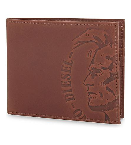 DIESEL Embossed logo billfold wallet (Mustang