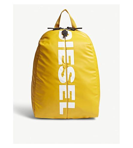 DIESEL 标志背包 (金色 + 棒
