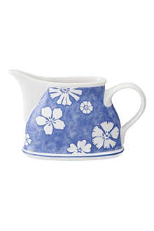 VILLEROY & BOCH Farmhouse Touch Blueflowers creamer