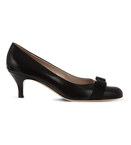 SALVATORE FERRAGAMO Carla leather court shoes (Black