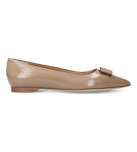 SALVATORE FERRAGAMO Friuli leather pointed ballet flats (Beige