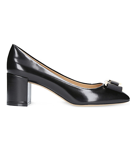 SALVATORE FERRAGAMO Prato bow leather court shoes (Black