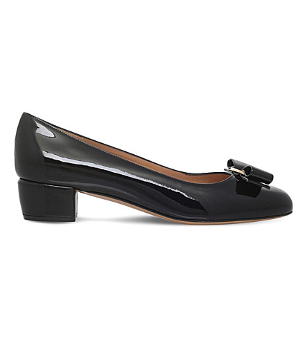 SALVATORE FERRAGAMO Vara patent-leather heeled courts (Black