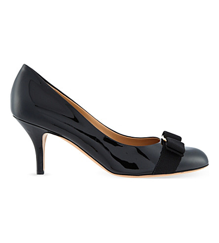 SALVATORE FERRAGAMO Carla 70 patent-leather courts (Black