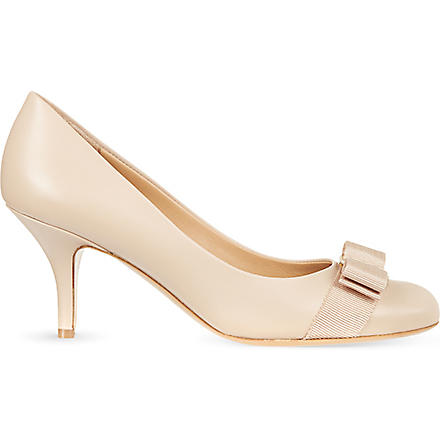 FERRAGAMO Carla 70 leather court shoes (Nude