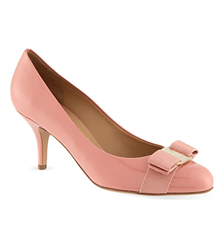 FERRAGAMO Carla 70 court shoes (Pink