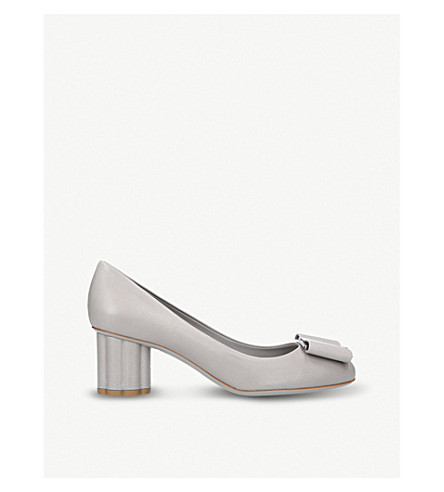 SALVATORE FERRAGAMO Capua bow-detail leather pumps (Grey/light