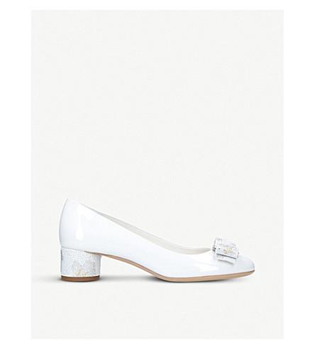 SALVATORE FERRAGAMO Ivrea patent-leather heeled courts (White/oth