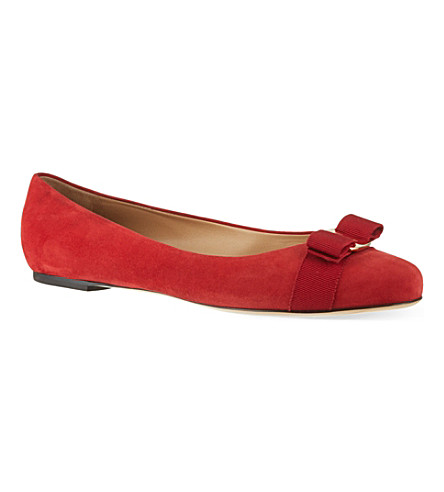 FERRAGAMO Varina suede pumps (Red