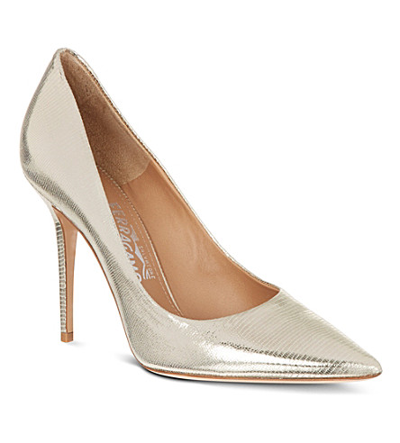 FERRAGAMO Susi court shoes (Gold