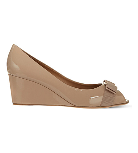 SALVATORE FERRAGAMO Sissi patent-leather wedges (Nude