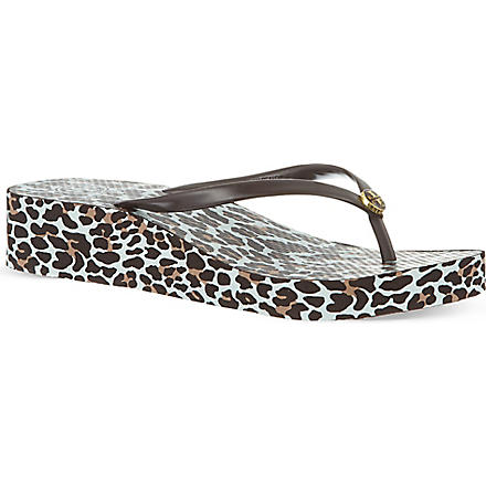 TORY BURCH Thandie wedge flip flops (Brown/oth