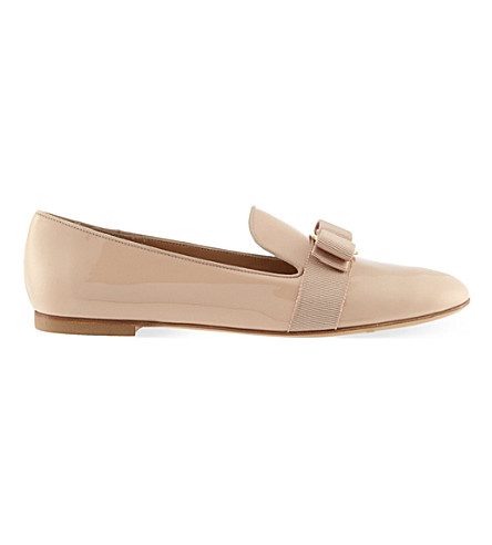 SALVATORE FERRAGAMO Scotty loafers (Nude