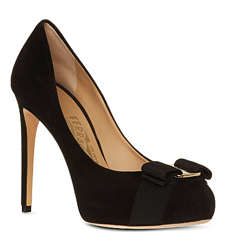 FERRAGAMO Rilly court shoes (Black